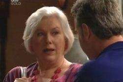 Rosie Hoyland, Gino Esposito in Neighbours Episode 4012
