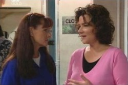 Susan Kennedy, Lyn Scully in Neighbours Episode 4012