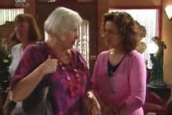 Rosie Hoyland, Lyn Scully in Neighbours Episode 4012