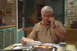 Lou Carpenter in Neighbours Episode 4015