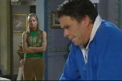 Felicity Scully, Joe Scully in Neighbours Episode 4016