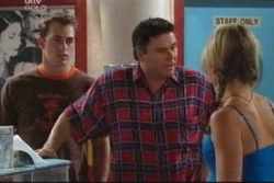 Stuart Parker, Joe Scully, Steph Scully in Neighbours Episode 4017