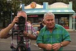 Harold Bishop, Lou Carpenter in Neighbours Episode 4020