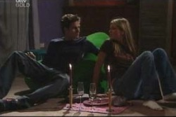 Marc Lambert, Felicity Scully in Neighbours Episode 4022