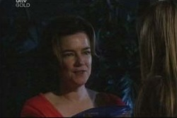 Lyn Scully in Neighbours Episode 4022
