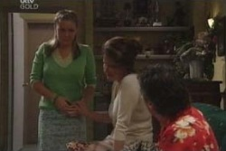 Michelle Scully, Lyn Scully, Joe Scully in Neighbours Episode 4026