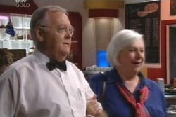 Harold Bishop, Rosie Hoyland in Neighbours Episode 4029