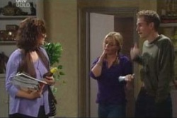 Lyn Scully, Michelle Scully, Connor O