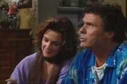 Lyn Scully, Joe Scully in Neighbours Episode 4032