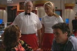 Lyn Scully, Harold Bishop, Felicity Scully, Joe Scully in Neighbours Episode 4034
