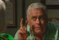 Lou Carpenter in Neighbours Episode 4035