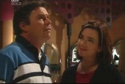 Joe Scully, Lyn Scully in Neighbours Episode 4038