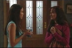 Libby Kennedy, Susan Kennedy in Neighbours Episode 4038