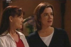 Lyn Scully, Susan Kennedy in Neighbours Episode 4039