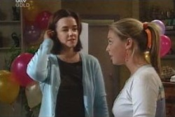 Lyn Scully, Michelle Scully in Neighbours Episode 4040