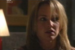 Steph Scully in Neighbours Episode 4040