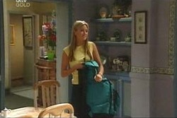 Felicity Scully in Neighbours Episode 4043