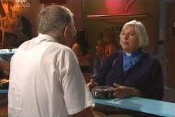 Harold Bishop, Rosie Hoyland in Neighbours Episode 4044