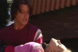Drew Kirk, Summer Hoyland in Neighbours Episode 4045