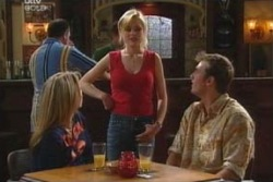 Steph Scully, Dee Bliss, Stuart Parker in Neighbours Episode 4047