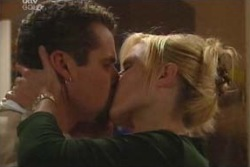Toadie Rebecchi, Dee Bliss in Neighbours Episode 4047