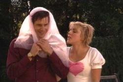Darcy Tyler, Penny Watts in Neighbours Episode 4048