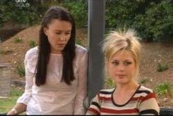 Libby Kennedy, Dee Bliss in Neighbours Episode 4050