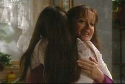 Libby Kennedy, Susan Kennedy in Neighbours Episode 4051