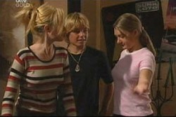 Dee Bliss, Boyd Hoyland, Cecille Bliss in Neighbours Episode 4051