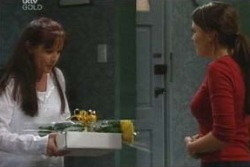 Susan Kennedy, Libby Kennedy in Neighbours Episode 4052
