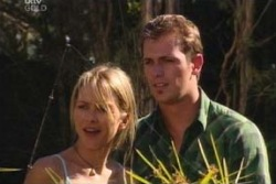 Steph Scully, Stuart Parker in Neighbours Episode 4053