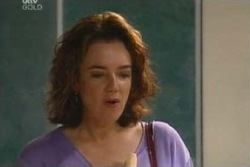 Lyn Scully in Neighbours Episode 4053
