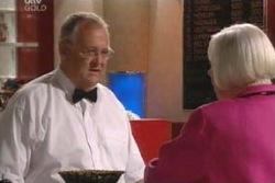 Harold Bishop, Rosie Hoyland in Neighbours Episode 4055