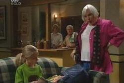 Summer Hoyland, Boyd Hoyland, Lou Carpenter, Rosie Hoyland in Neighbours Episode 4055