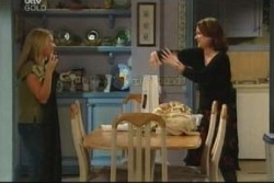 Michelle Scully, Lyn Scully in Neighbours Episode 4059