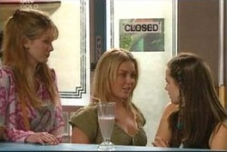 Nina Tucker, Michelle Scully, Tahnee Coppin in Neighbours Episode 4059