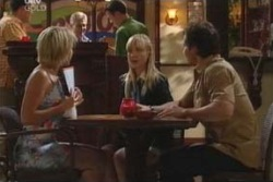 Penny Watts, Sindi Watts, Darcy Tyler in Neighbours Episode 4060