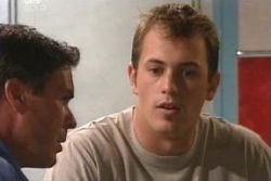Joe Scully, Stuart Parker in Neighbours Episode 4060