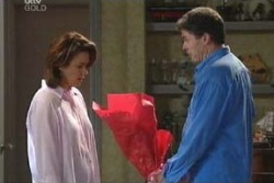 Lyn Scully, Joe Scully in Neighbours Episode 4060