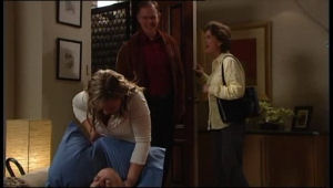 Charlie Cassidy, Max Hoyland, Steph Scully, Lyn Scully in Neighbours Episode 4630