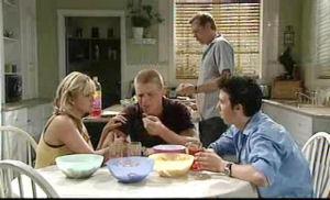 Sky Mangel, Boyd Hoyland, Max Hoyland, Stingray Timmins in Neighbours Episode 4719
