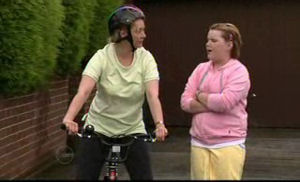 Janelle Timmins, Bree Timmins in Neighbours Episode 4720