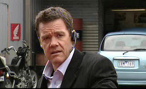 Paul Robinson in Neighbours Episode 4721