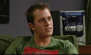 Stuart Parker in Neighbours Episode 4721