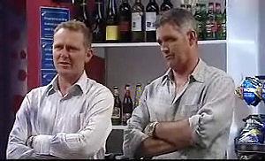Max Hoyland, Bobby Hoyland in Neighbours Episode 4721