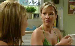 Izzy Hoyland, Steph Scully in Neighbours Episode 4728