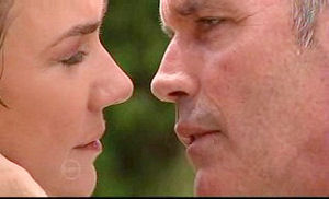 Lyn Scully, Bobby Hoyland in Neighbours Episode 4735