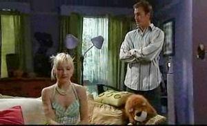 Sindi Watts, Stuart Parker in Neighbours Episode 4750