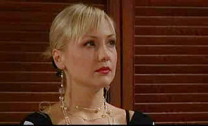 Sindi Watts in Neighbours Episode 4752
