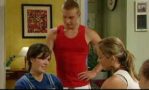 Boyd Hoyland, Kayla Thomas, Steph Scully in Neighbours Episode 4753